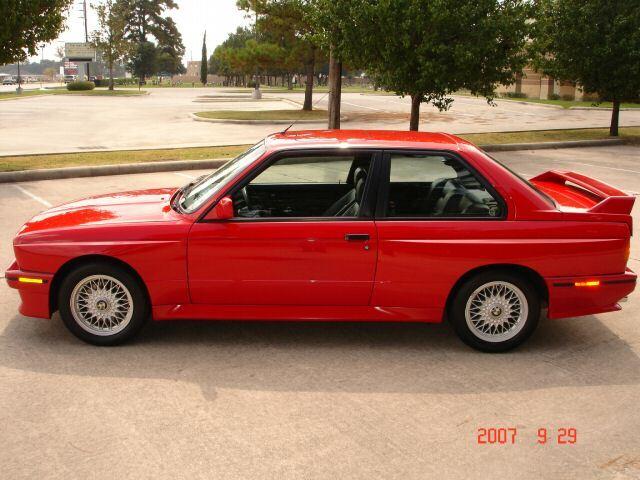 bmw e30 M3 red 1988